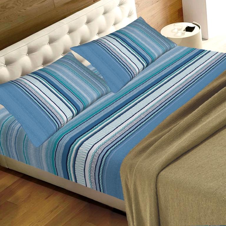 Lenzuola Matrimoniali Azzurre.Completo Lenzuola Letto In 2 Misure Prodotto Italia Righe Blu